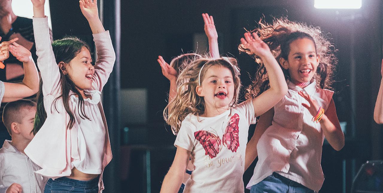barn dansar